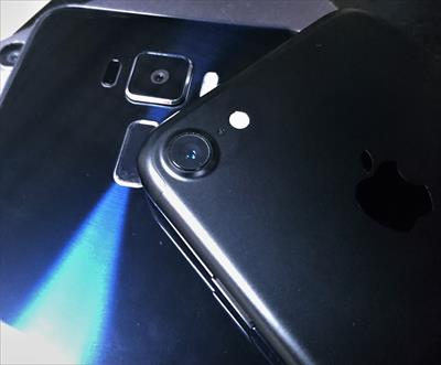 [実機レビュー]ZenFone3とiPhone7カメラ比較 綺麗に写真が撮れるのはどっち?