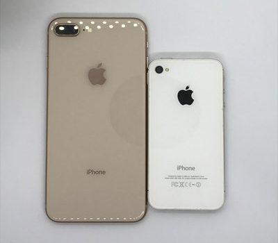iPhone8/8Plus 6年ぶりの背面ガラスパネルはそれだけで買う価値があるデザイン iPhone4Sからの進化点比較