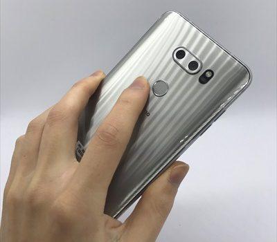 [実機レビュー]648円のドコモ大画面スマホ LG V30+ L-01Kの使い勝手・性能を徹底チェック