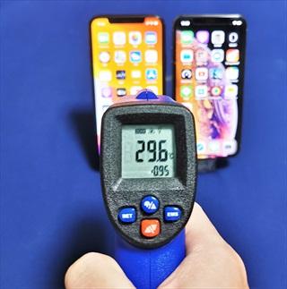 [温度測定してみた]iPhone11 Proの発熱 10分程度の利用でも40度も軽く超えてかなり熱く  新素材/A13チップの影響か