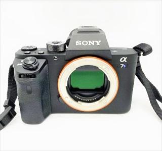 スマホカメラのセンサーサイズ一覧 センサーの大きさ比較/画素数・F値データ